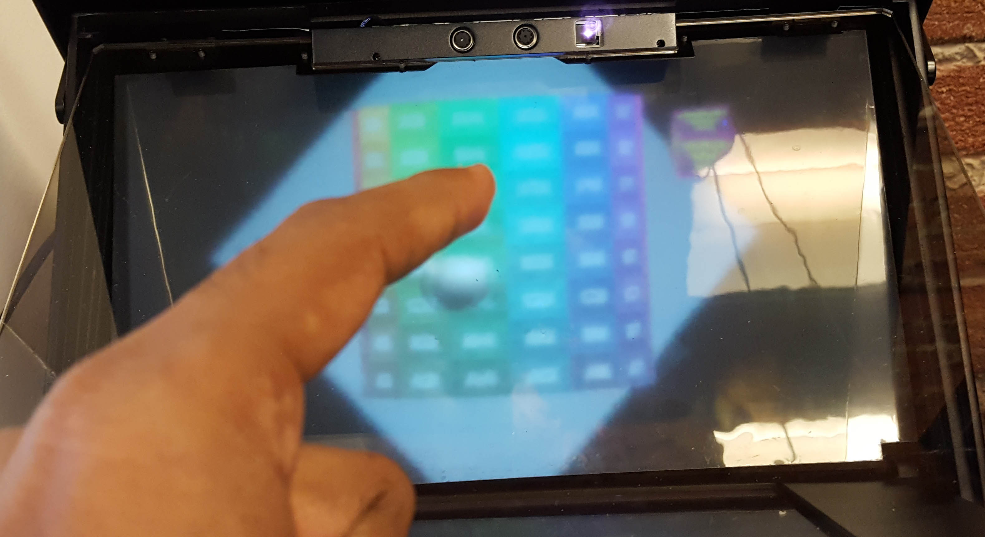 RESOLVED!) Holoplayer Realsense camera stops finger tracking after
